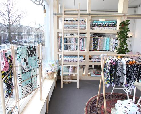 6-nya-interieurontwerp-little-smilemaker-shop-ladder