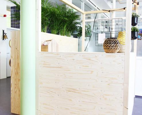 nya-interieurontwerp-informatiehuisje-schuin