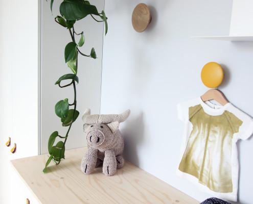 Nya Interieurontwerp bovenverdieping babykamer commode