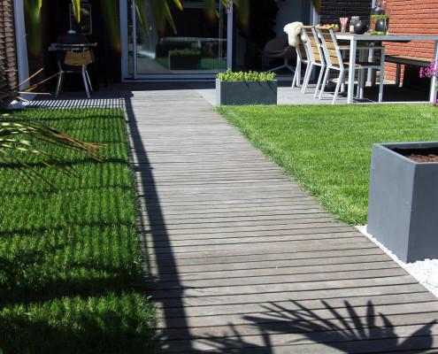 Nya Interieurontwerp tuin houten vlonders